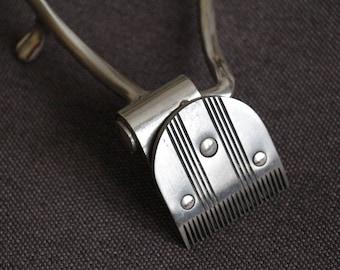 Vintage hair shearer machine, Fully mechanical, Soviet Vintage metal hair shearer, a hairdressing machine, manual, of the USSR,#4