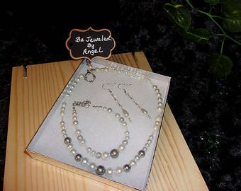 Special Occasion Jewelry Set, Bridal Set, Women's Gift Set, White Pearl Necklace, Bracelet and Earrings, Handmade