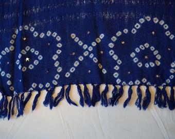 Dark blue mirrored scarf