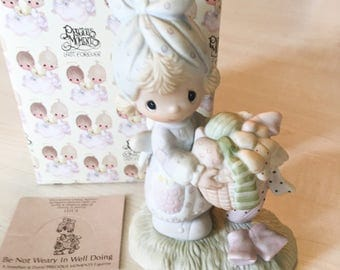 Vintage Precious Moments Be Not Weary In Well Doing Figurine E-3111