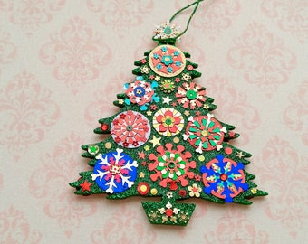 Large Christmas Tree 11