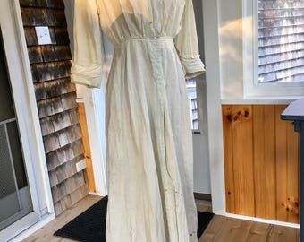 Edwardian/19teens Linen Embroidered Work Dress