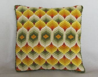 Vintage 70s 12in Decorative Square Throw Pillow