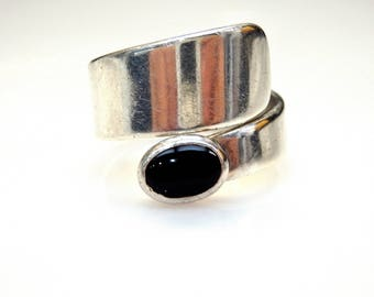 Sterling Silver Bezel Set Onyx Wrap Ring
