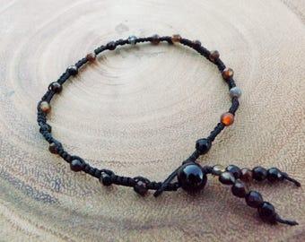 Agate Black Macrame Bracelet with Button Closure