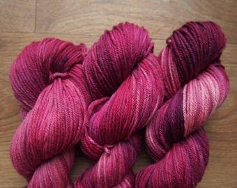 Raspberry Jam ExF Merino DK 19 - hand dyed yarn