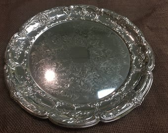 """Leonard Silverplated Platter with """"Scalloped"""" Edges"""