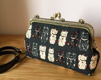 Maneki Neko - cat clutch purse - cotton fabric - vintage  metal frame