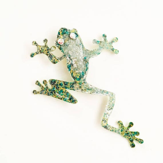 Psychedelic frog brooch - Psyco frog pin - Iridescent - Trending jewelry - Iridescent jewelry - Rockabilly Jewelry - Novelty animal pin