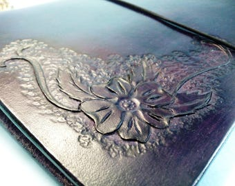 Deep purple Journal Sheridan vegetable tanned leather 6 Ring Binder Refillable Notebook Veg Tan Leather Hand Carved and Tooled Blackberry