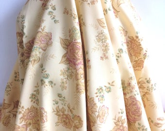 17-226 Butter Cream Floral Cotton - Sold by the Yard