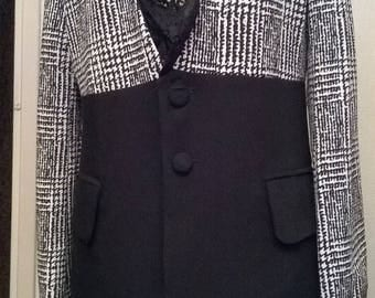 Two-tone light jacket in crepe and lace