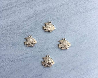 17 * 18mm silver plated fish charm