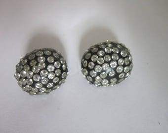 Antique High Fashion Black & Brilliant Cluster White Rhinestone Clip on Earrings