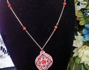 Red Painted Shell Necklace