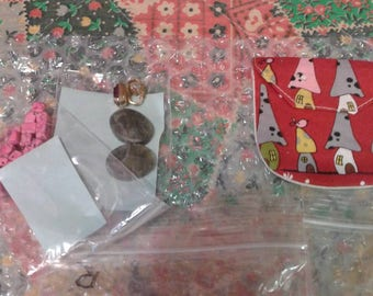 Mystery pouch..ypi get the little bag with gifts of gemstones...Vintage pins..vintage bobbles..beads. each set is different.