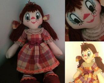 Cloth/fabric type Raggedy Ann doll