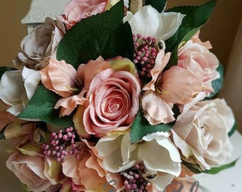 Artificial flowers floral arrangement silk flowers in a box home decor present blush