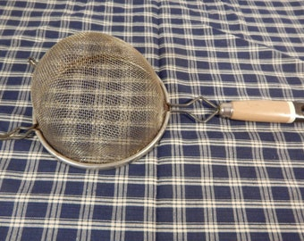 Vintage Kitchen Strainer, antique strainer, kitchen collectible
