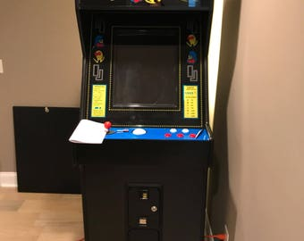 "July 4th Sale - 24"" Upright arcade with trackball"