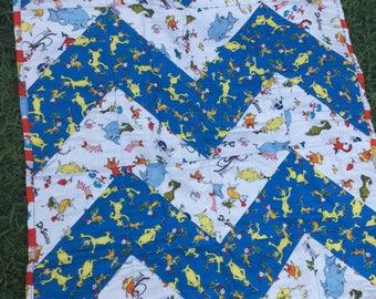 Dr Seuss Crib Toddler Baby Blanket Chevron Quilt, Cat in the Hat