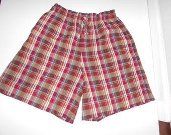 JANTZEN woman's pleated short size waist 30