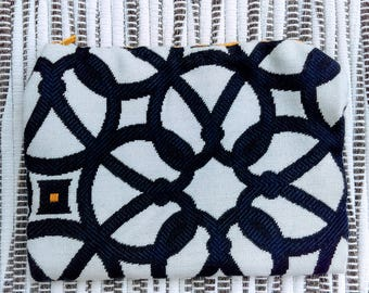 """Navy Nautical Knots with Goldenrod Zipper, 6 3/4"""" x 5"""""""