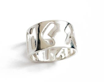Runic Alphabet Silver Ring / Courage