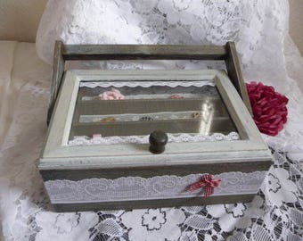 Sewing box or jewelry shabby style