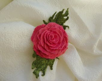 Pink rose Felted flowers Felt  wool jewelry Fashion trend Felted brooch Flower brooch bouquet Trending now  Felted flowers and leaves