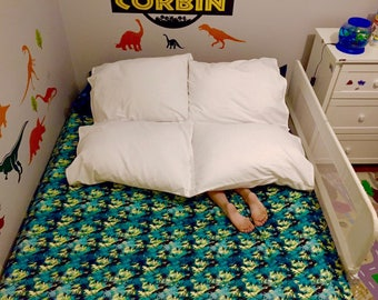Burrow Buddy With Pillows