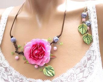 dogwood leaf and Flower necklace pink