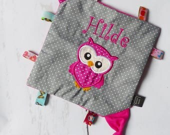 Crackle cloth with name and OWL