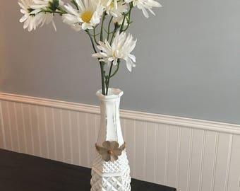 White Skinny Stem Flower Vase