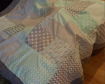 Teal and Gray Quilt 5'x5'