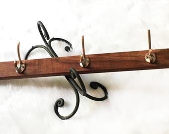 Bare Wood Handmade Knob Rack // Wall Accent & Organizer (Bags, Jewelries, Accessories, etc) // Reclaimed Hardwood