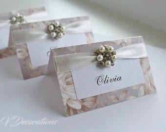 Luxurious floral place card with pearl and crystal embellishment, wedding decoration, table decoration