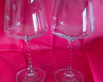 6 glasses wine tasting decorated