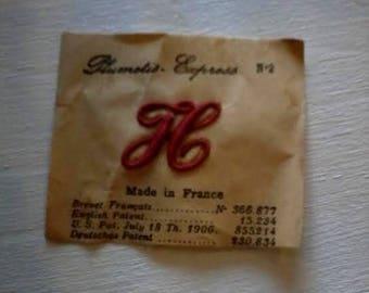 Vintage embroidered letter H plumetis express n ° 2