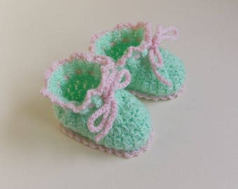 booties for baby girl size 0-3 months, newborn clothing