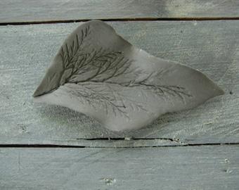 Leaf polymer concrete