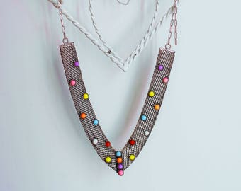 Necklace / Steel mesh necklace wirth resin stones in different colors / Metal Necklace / Necklace stone color / Nackelace silver details