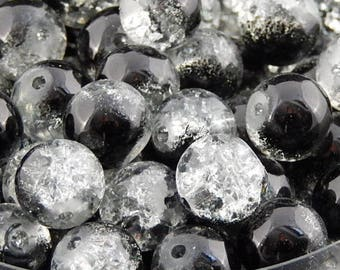 20 Black 8mm crackled glass beads, hole: 1.3 mm