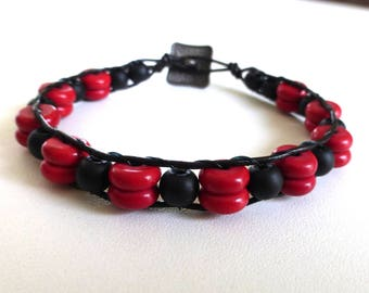 Unisex bracelet red and black onyx and howlite