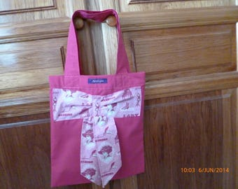 Tote Bags for vacation walks or poolside ref: 9179933