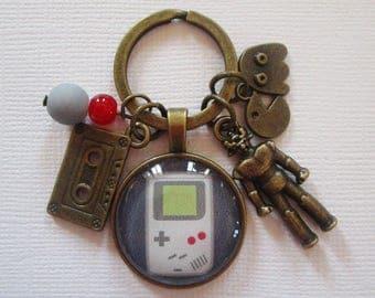 """Retro"" keychain, bronze"