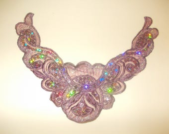 Collar applique sewing lace crochet and Burgundy sequins 20 x 8 cms