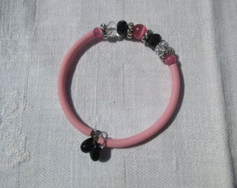 Black and transparent pink/beads faceted cat's eye bracelet