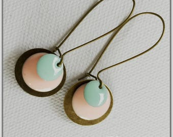Earrings bronze ear and Mint sequins and pink