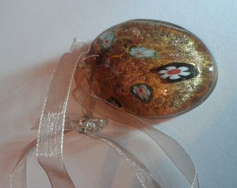 Brown glass pendant necklace decorated and sheer ribbon Brown